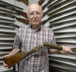 Larry Shelton w/ Glocher gun